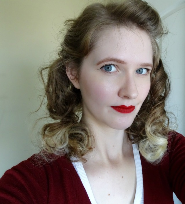 1940's girl hair and makeup